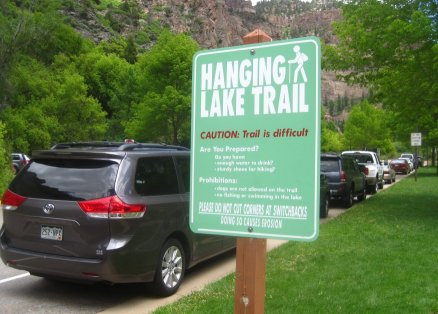 Hanging Lake Trailhead Parking Lot